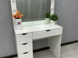 Туалетный столик, классический. Модель V449 белый