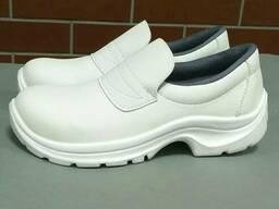Туфли рабочие кожаные белого цвета