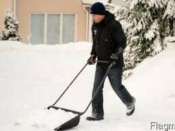 Уборка вывоз снега. Чистка снега вручную.