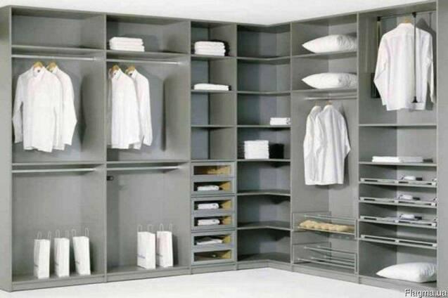Угловые гардеробные (мебель)