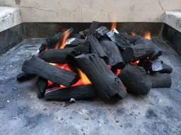 Дерев'яне вугілля сосна