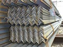 Уголок 100х100х10 стальной для металлоконструкций