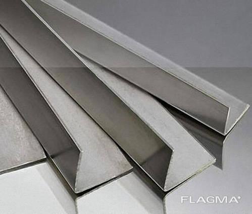 Уголок алюмінвєвий АД31