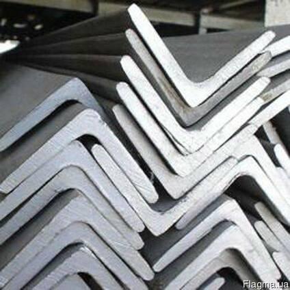 Уголок алюминиевый не равнополочный из сплавов АД31 (ENAV-60
