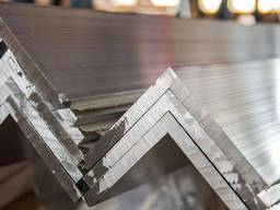 Алюминиевый уголок 85х85х3 АД31 Т5