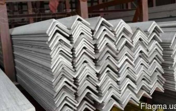 Уголок алюминиевый разносторонний 40x10x2мм АД31