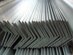 Уголок металлический 15х15,20х20,25х25,30х30,32х32,35х35,40х