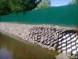 Укрепление берега. Строительство водоемов. Чистка водоема.