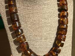 Уникальные янтарные бусы из натурального янтаря тёмных оттенков Крупные шайбы