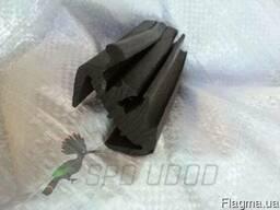 Уплотнитель лобового стекла трактора ЮМЗ (45Т-)