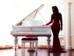 Уроки игры на фортепиано .