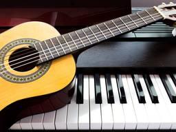 Уроки игры на фортепиано и гитаре, двухмесячный курс