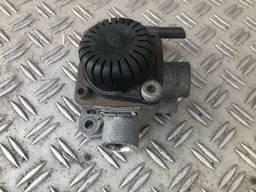 Ускорительный клапан б/у Knorr-Bremse AC 577 A