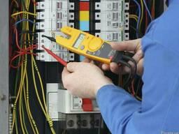 Услуги Электрика выезд во районы города