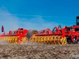 Услуги обработки земли почвы полей земляные работы дискатор