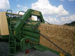 Услуги пресс-подборщика тюкование сена соломы