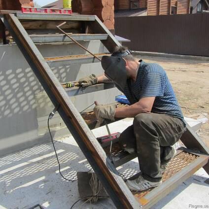 Услуги сварщика ремонт гаража дверей трубы сварочные работы