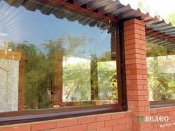 Установка мягких окон на кирпичную летнюю кухню