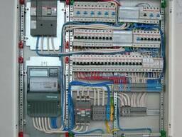 Установка внутренних электрощитов
