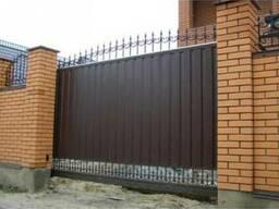 Установка ворот из профнастила:откатные, распашные, консольные