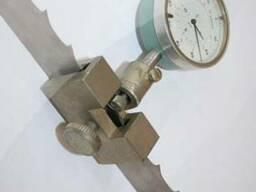 Устройство для измерения развода зубъев ленточных пил