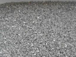 В мешках кварцевый песок 1, 6-2, 0 мм