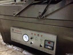 Вакуумно-упаковочная двухкамерная напольная машина