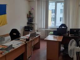 Васильковская ул. Аренда офиса 40 кв. м. (2 комн) в офисном здании.