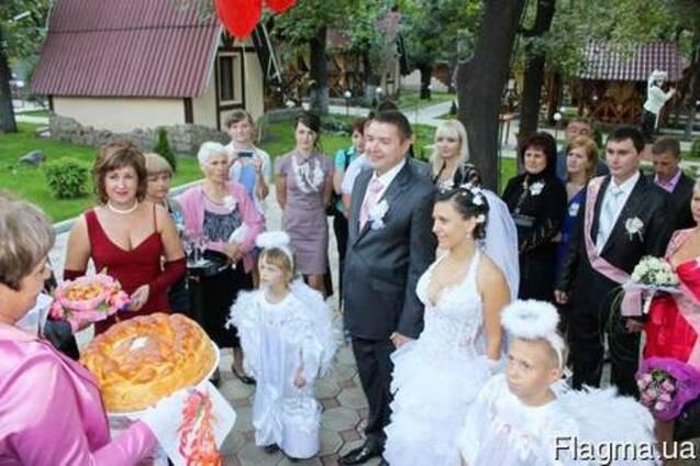 Ведущий в Донецке