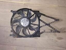 Вентилятор диффузор радиатора Opel Astra H 13126354 13205947