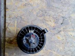 Вентилятор печки на Nissan Tiida (C11) донецк