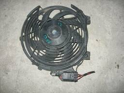 Вентилятор радиатора кондиционера Opel Combo