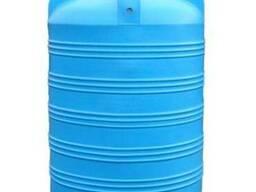 Емкость вертикальная на 1500 литров, пищевая бочка пластиков
