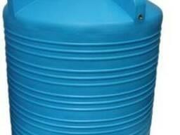 Вертикальная пластмассовая емкость V-5000 литров Киев