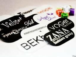 Вешалки для одежды c логотипом, пластиковые ручки с логотипом - фото 1