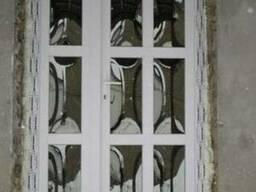 Вхідні двері з дутими склопакетами