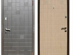 Двери входные металлические/бронированные.