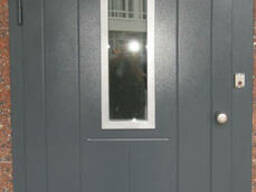 Входные металлические домофонные двери Strimex в парадную