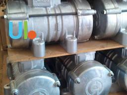 Вибратор площадочный ИВ-98, ИВ-98Б (380 В)