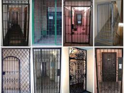 Виготовлення ґратчастих дверей і перегородок в Києві.