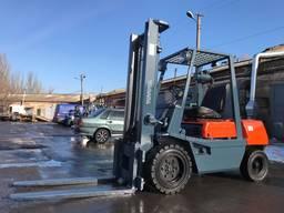 Вилочный дизельный автопогрузчик автонавантажувач Toyota