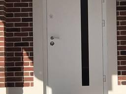 Виробництво вхідних деревяних дверей