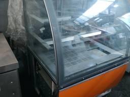Витрина холодильная кондитерская бу IGLOO б у витрина