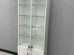 Витрина (шкаф) со стеклянными полками. Модель V444 цвет...