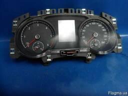 Volkswagen Touran 2003-2018 Панель приборов 5TA920751 б\у