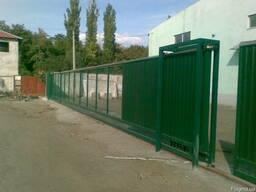 Ворота (распашные, откатные на опорных роликах, консольные)