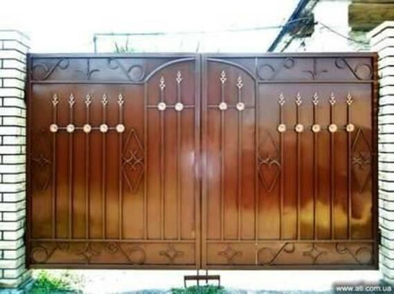 Ворота решетки оградки