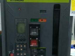 Воздушный высоковольтный выключатель UAN 1000 85 kA