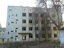 Возьму под разборку здания, помещения, склады.