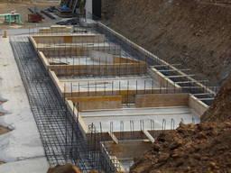 Возведение монолитных бетонных и железнобетонных конструкци